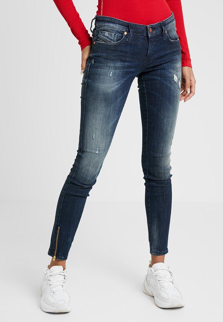 Diesel - SKINZEE LOW ZIP - Jeans Skinny Fit - indigo style exclusive