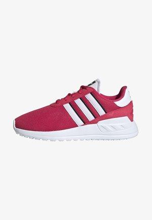 LA TRAINER LITE SHOES - Sneakers laag - pink