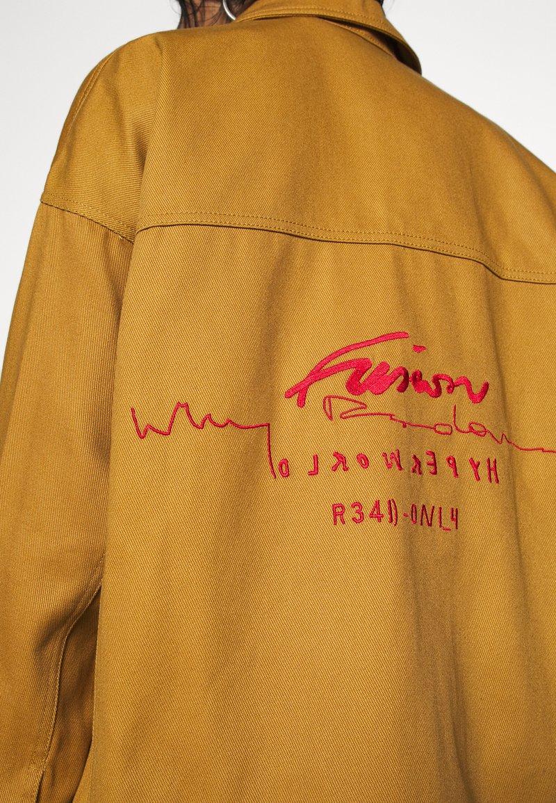 Sufijo Astrolabio velocidad  adidas Originals JACKET - Chaqueta fina - mesa/marrón - Zalando.es