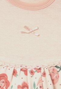 Jacky Baby - MIDSUMMER - Pyjama set - light pink/white - 2