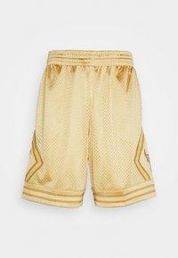 Mitchell & Ness - NBA CHICAGO BULLS MIDAS SWINGMAN SHORT - Sports shorts - metallic gold - 3