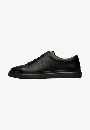 TRAVIS S - Sneakers laag - schwarz