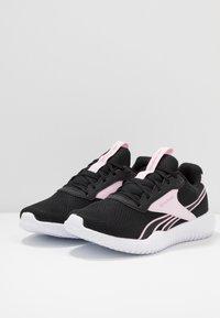 Reebok - FLEXAGON ENERGY TR 2.0 - Zapatillas de entrenamiento - black/pix pink/white - 2