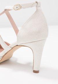 LAB - Bridal shoes - galassia blanco - 2