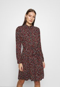 Fabienne Chapot - COUNTRY DRESS - Skjortekjole - rust/bordeaux - 0