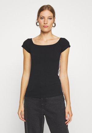 BARDOT PRIDE - Print T-shirt - black