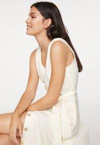 OYSHO - Korte jurk - white - 4