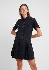 Levi's® - MIRAI WESTERN DRESS - Denim dress - black sheep - 0