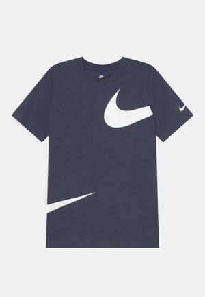 TEE  - T-shirt z nadrukiem - thunder blue