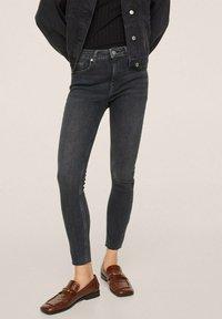 Mango - Jeans Skinny Fit - open grey - 0