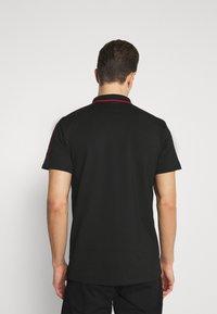Guess - TAPE - Polo shirt - jet black - 2