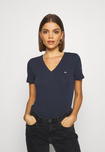 SKINNY STRETCH V NECK - T-shirts - blue