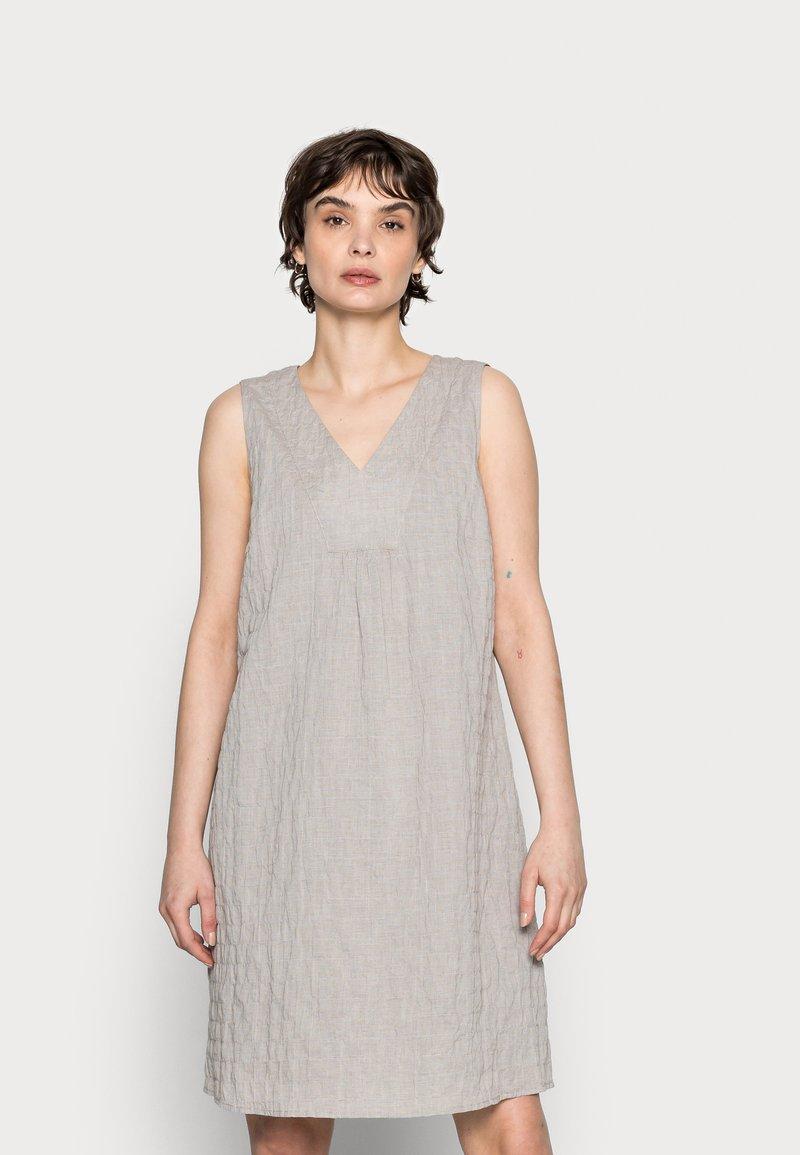 Opus - WOGETA - Denní šaty - pebble stone