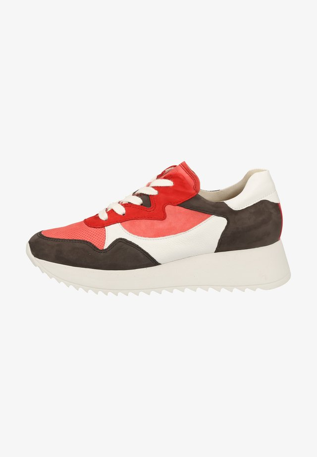 Sneaker low - coral/dark gray/white