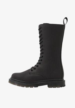 KOLBERT TALL - Snørestøvler - black