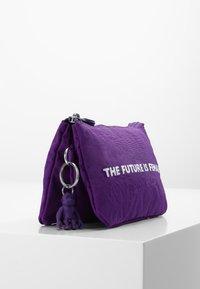 Kipling - CREATIVITY L - Trousse - future purple - 3