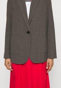 Won Hundred - LINDA - Short coat - brown melange - 7