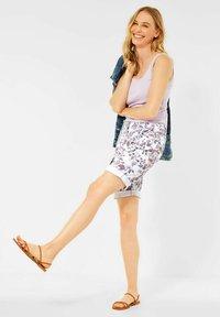 Cecil - Shorts di jeans - weiß - 1