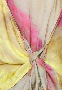 Esqualo - BLOUSE OVERLAP BLURRED PRINT - Blouse - multi-coloured - 2
