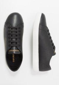 Emporio Armani - Sneakers basse - black/gold - 1
