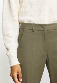WEEKEND MaxMara - LEGENDA - Broek - khaki - 4