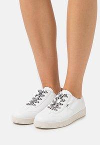 Jana - Sneakers basse - white - 0