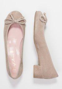 Pretty Ballerinas - ANGELIS - Klassiske pumps - safari/micenas safari keros - 3