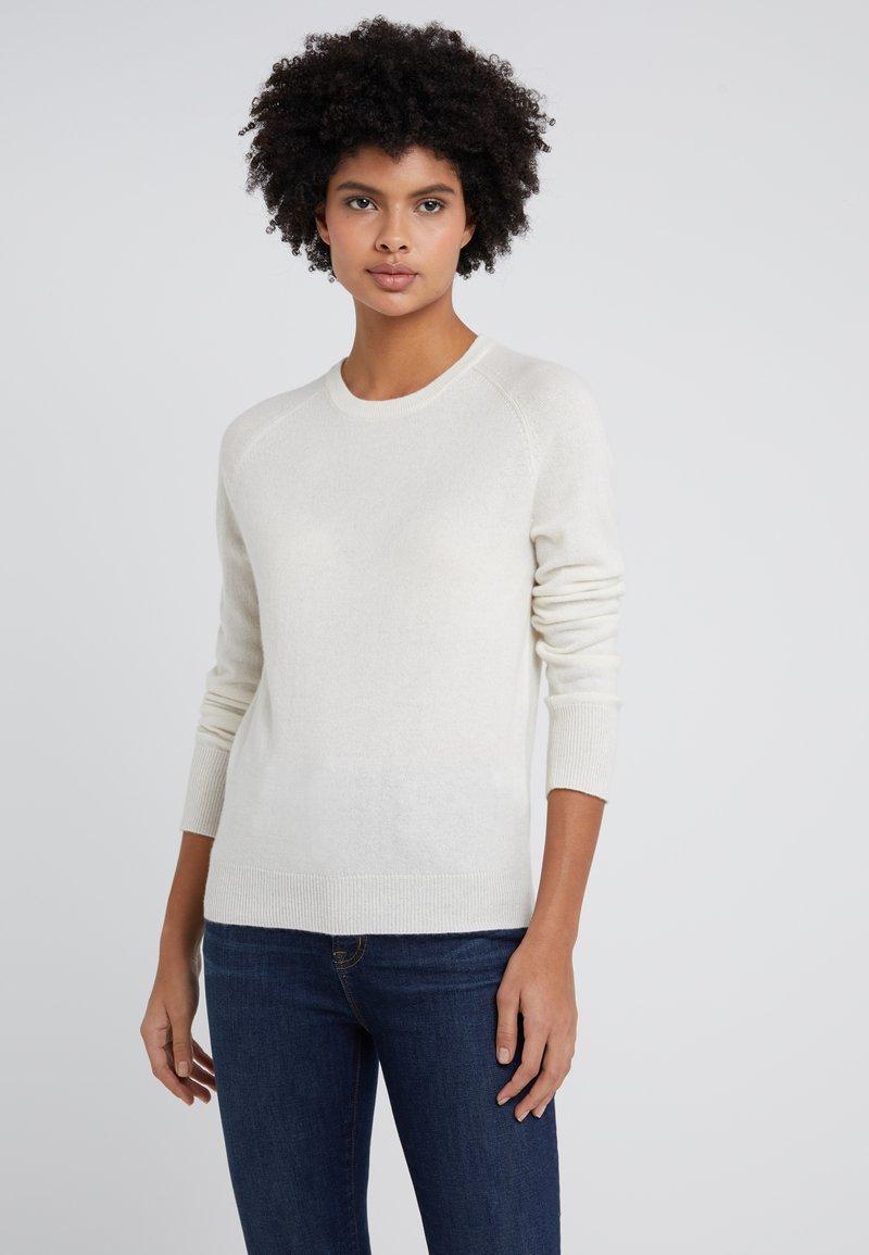 pure cashmere - CLASSIC CREW NECK  - Svetr - ivory