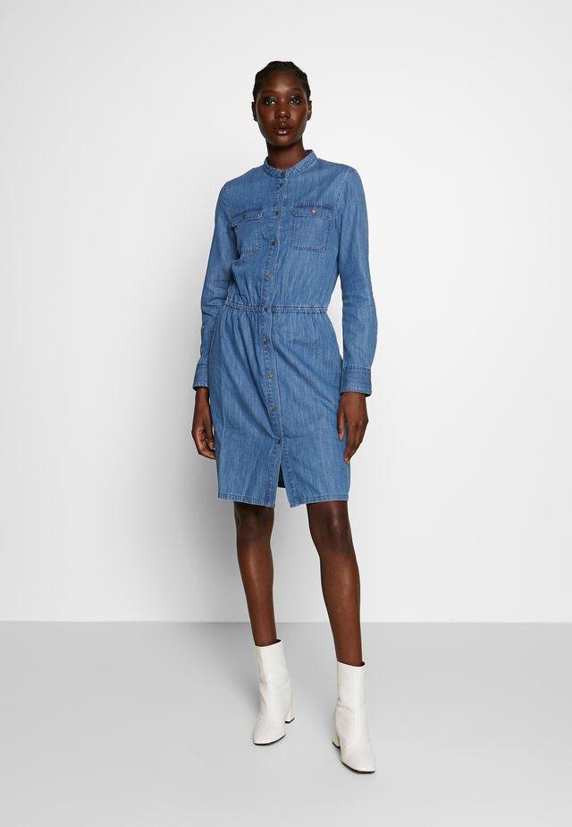 Košilové šaty - tencel wash