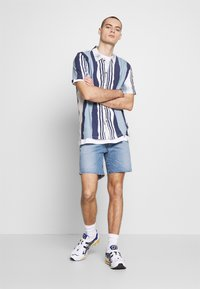 Native Youth - TIDAL  - Shirt - blue - 1