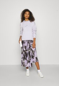 Even&Odd - OVERSIZED HOODIE WITH POCKETS AND SIDE SLITS - Hoodie - lilac - 1