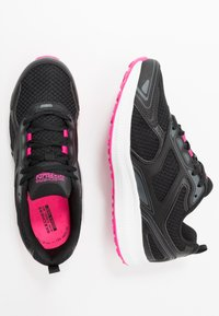 Skechers Performance - GO RUN CONSISTENT - Neutral running shoes - black/pink - 1