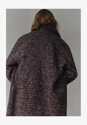 MIT STRUKTURMUSTER  - Classic coat - brown
