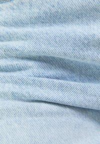 Bershka - MOM FIT - Džíny Relaxed Fit - blue denim - 5