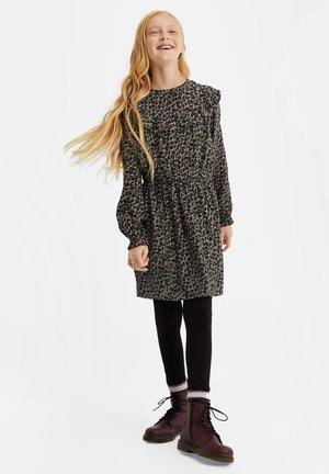EN RUFFELS - Day dress - all-over print