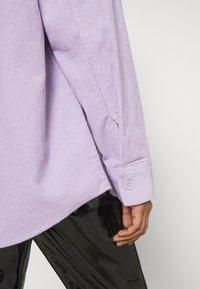 Monki - Button-down blouse - purple solid - 5