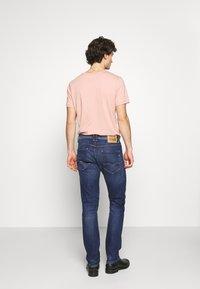 Replay - ROCCO - Straight leg jeans - dark blue - 2