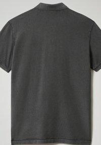 Napapijri - ELBAS - Polo shirt - dark grey solid - 5