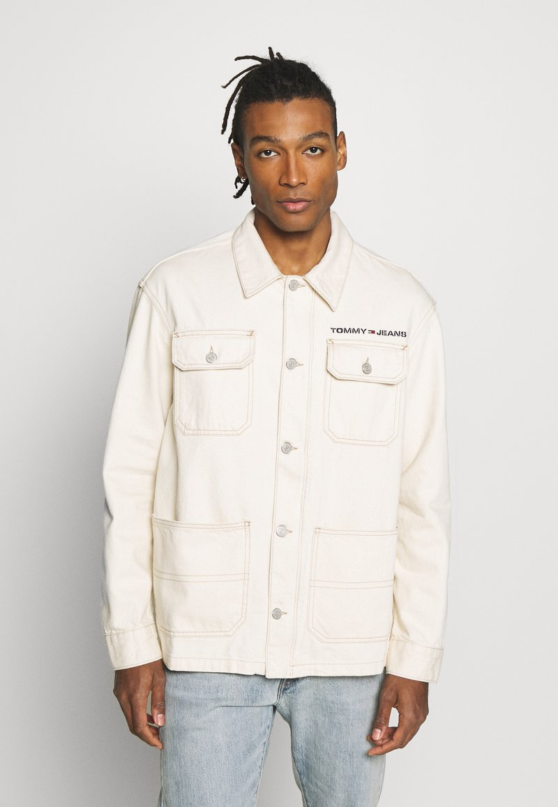 Tommy Jeans - OVERSIZE WORKWEAR JACKET - Denim jacket - work ecru rig