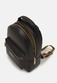 Tommy Hilfiger - ICONIC BACKPACK - Rucksack - black - 2