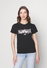 Hollister Co. - TECH CORE - T-shirt med print - black - 0