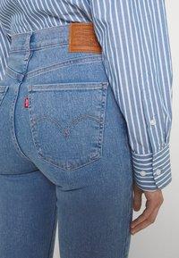 Levi's® - MILE HIGH SUPER SKINNY - Jeans Skinny Fit - naples stone - 5
