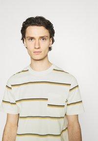 Wood Wood - BOBBY STRIPE - Print T-shirt - offwhite - 3