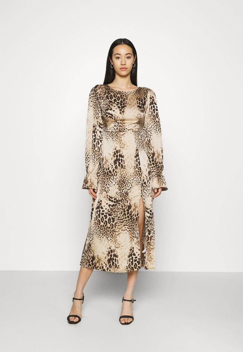 Missguided - PEN BACK MIDI DRESS  - Day dress - brown