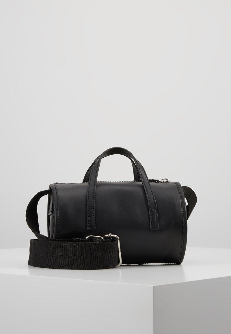 KIOMI - LEATHER - Handbag - black