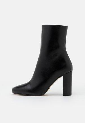 VALORIS - Kotníková obuv na vysokém podpatku - noir