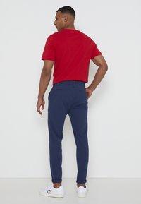 adidas Golf - PIN ROLL PANT - Kalhoty - crew navy - 2