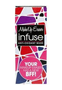 Makeup Eraser - INFUSE - Makeup remover - - - 1