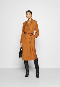 Banana Republic - MIDI TRENCH DRESS - Shirt dress - sand shell - 1