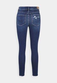 American Eagle - SUPER HI RISE - Jeans slim fit - had a cool moment - 1